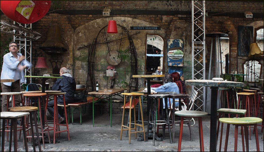 5 Offbeat Experiences to Do in Budapest, Go Drink at a Ruin Bar